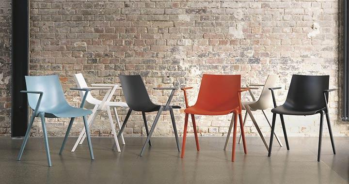 AULA: sedia multifunzione per ufficio